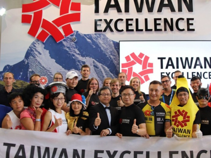 BMW Berlin Marathon Proves a Success for Taiwan Excellence