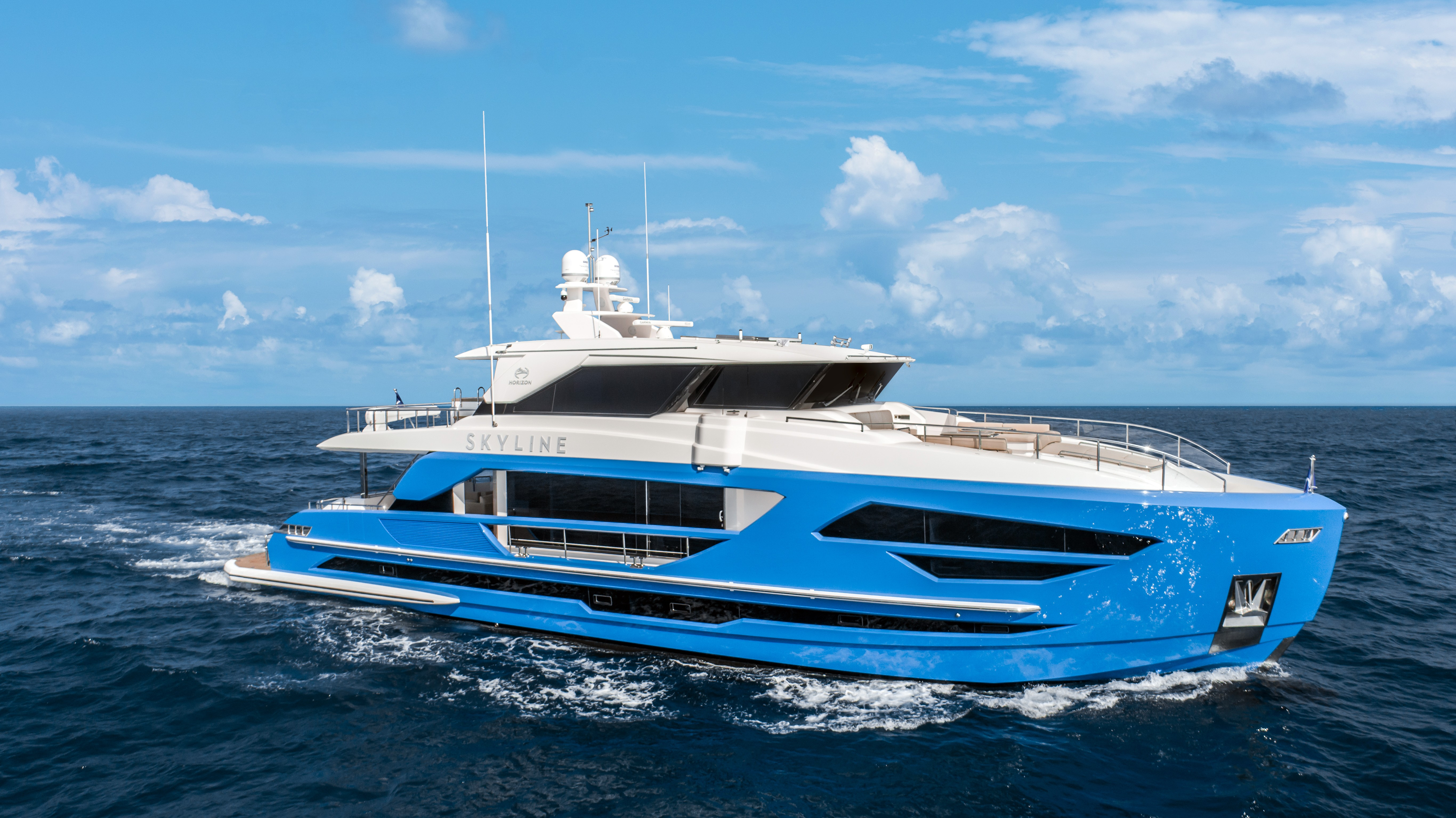 87feet luxury motor yacht