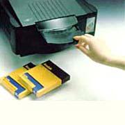全友透光式桌上型正負片影像掃瞄器 / 全友電腦股份有限公司