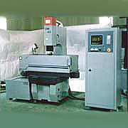 CNC電腦放電加工機