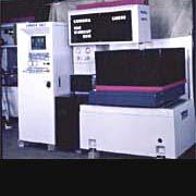CNC 電腦線切割機 / 鉅盟機械股份有限公司