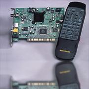 DVB-S衛星電視卡 / 圓剛科技股份有限公司