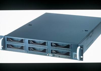 2U 積架式伺服器 / 技嘉科技股份有限公司