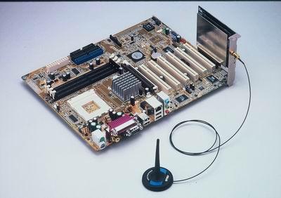 主機板搭WiFi-b無線網路卡 / 華碩電腦股份有限公司