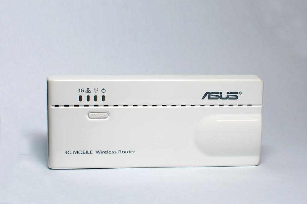 六合一無線可攜式路由器 / 華碩電腦股份有限公司