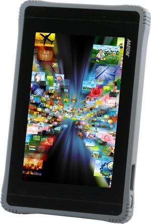 羽量、軍規級 (Android® 3.2)手持式平板電腦 / 研揚科技股份有限公司