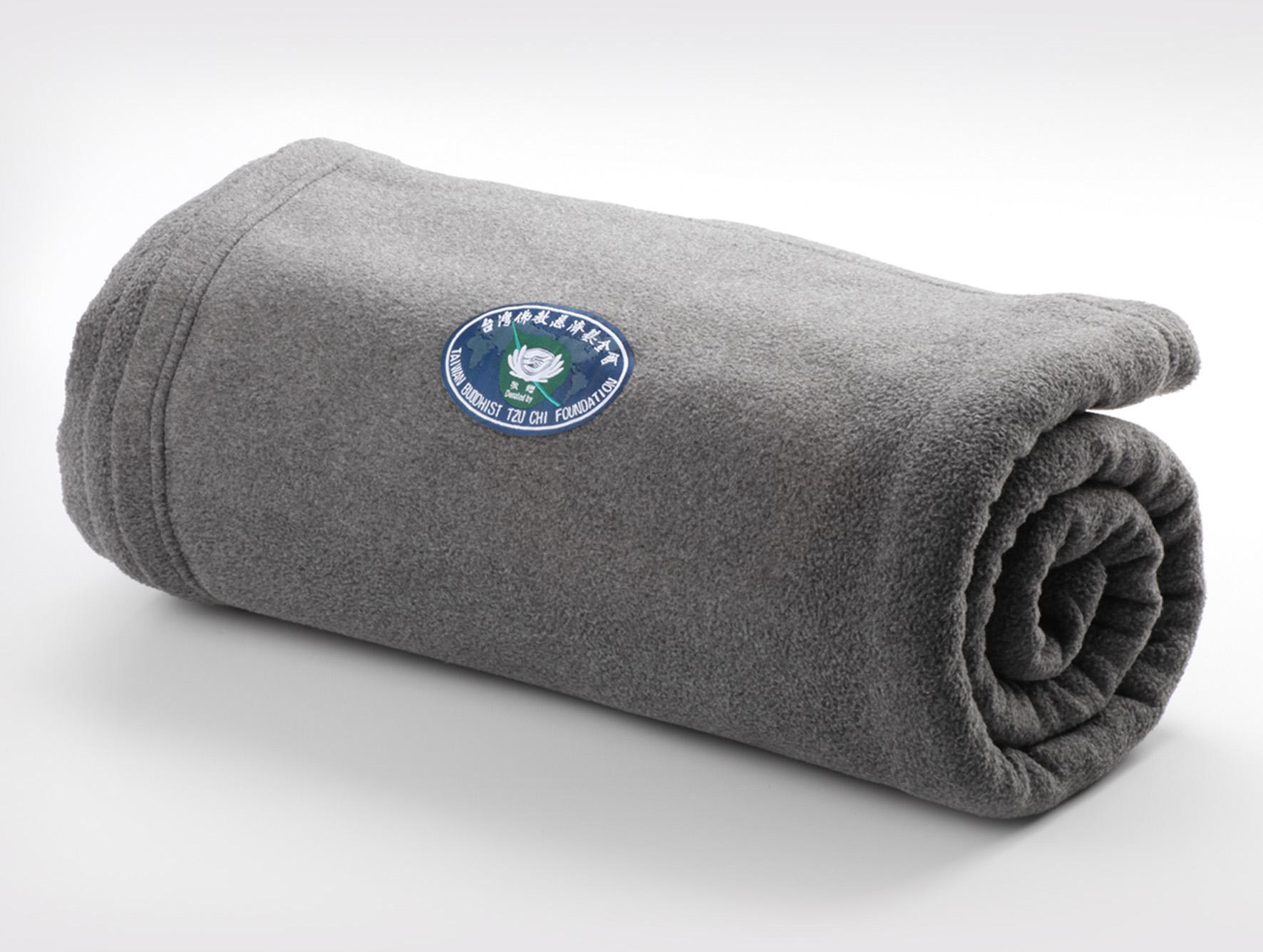 灰色環保毛毯