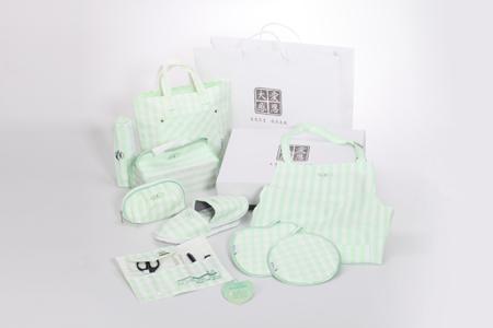 Eco Green and White Gift Box / DA.AI TECHNOLOGY CO., LTD.