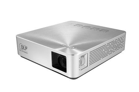 攜帶式行動電源LED投影機 / 華碩電腦股份有限公司