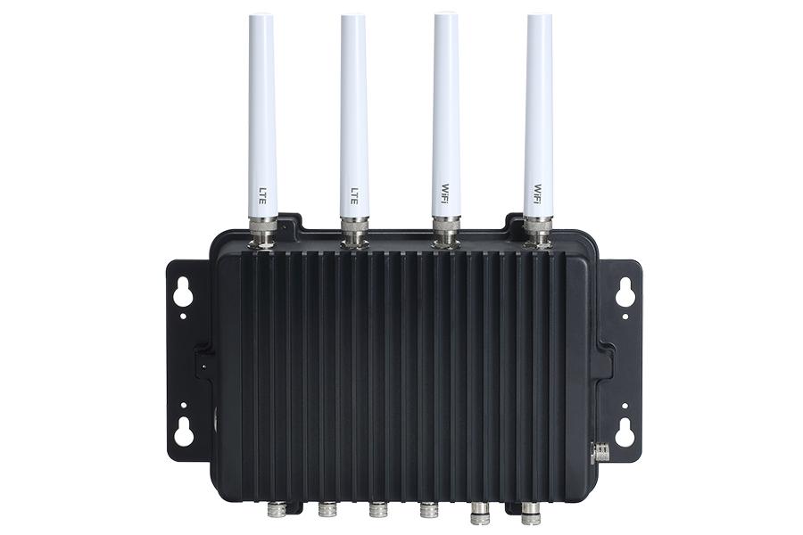 強固型IP67等級寬溫無風扇嵌入式系統 / 艾訊股份有限公司