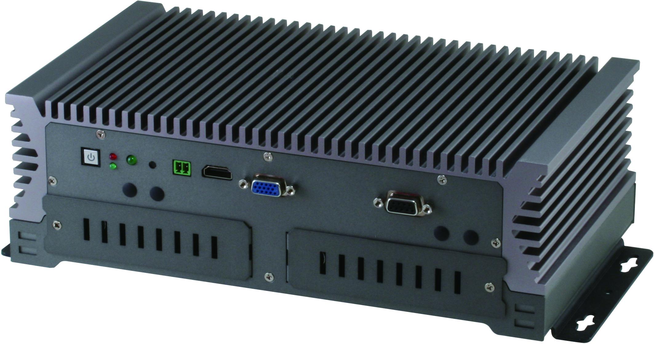 強固型嵌入式無風扇車載控制系統