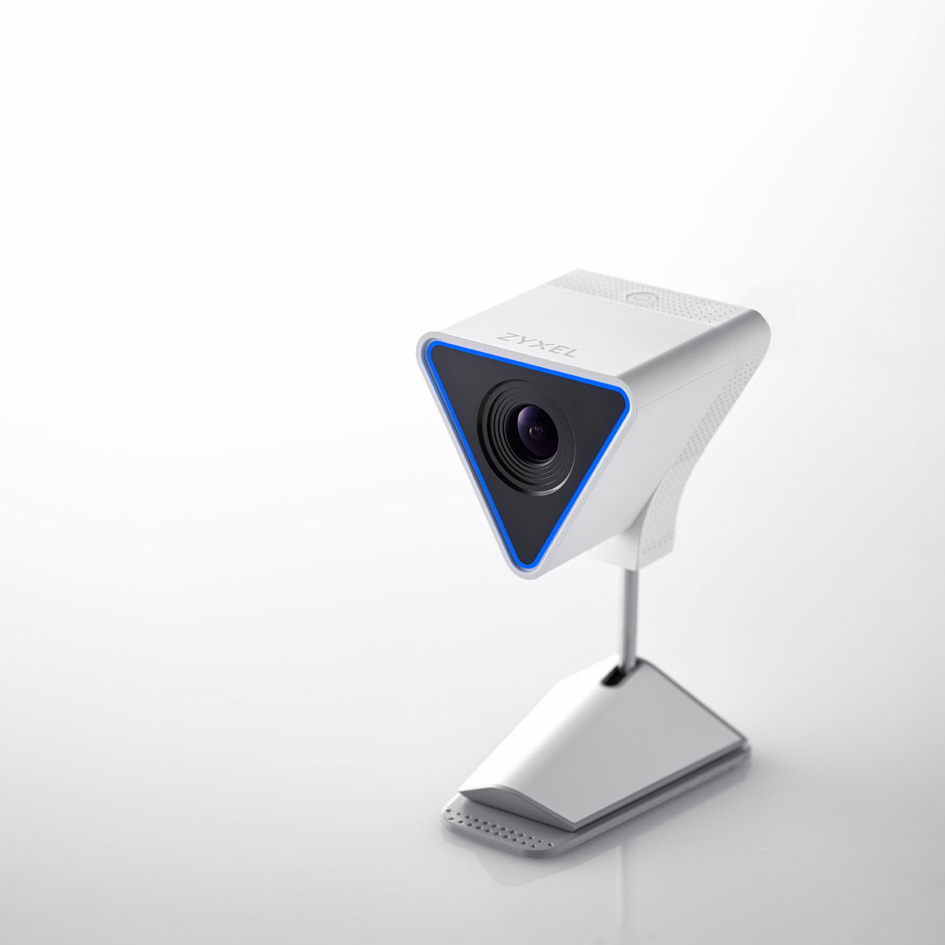 Aurora cloud access camera