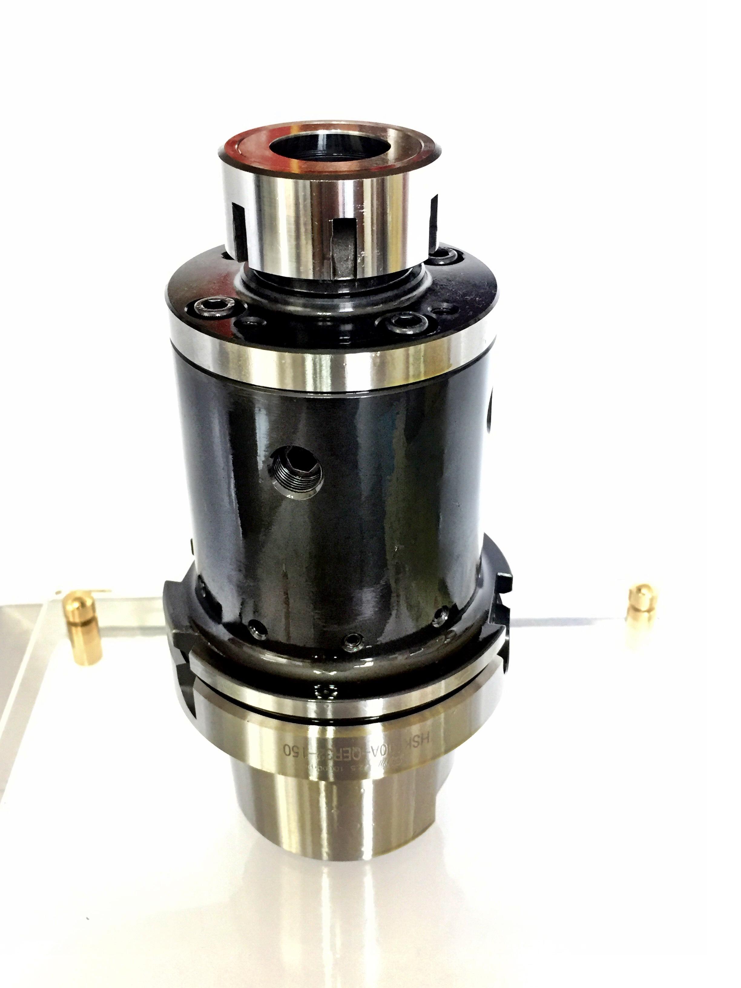 微米徑軸向調整及動平衡配重滾珠複合功能刀柄