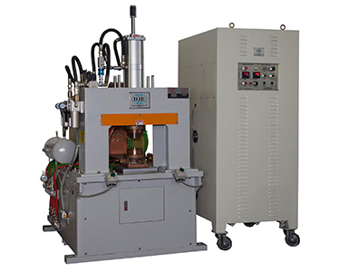 New Generation High-Efficient Condenser Welding Machine / Da Jie Electricity Machinery Industrial Co., Ltd.