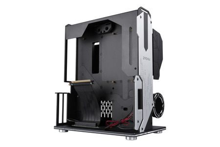 Water-Cooled PC Case / Apacer Technology Inc.