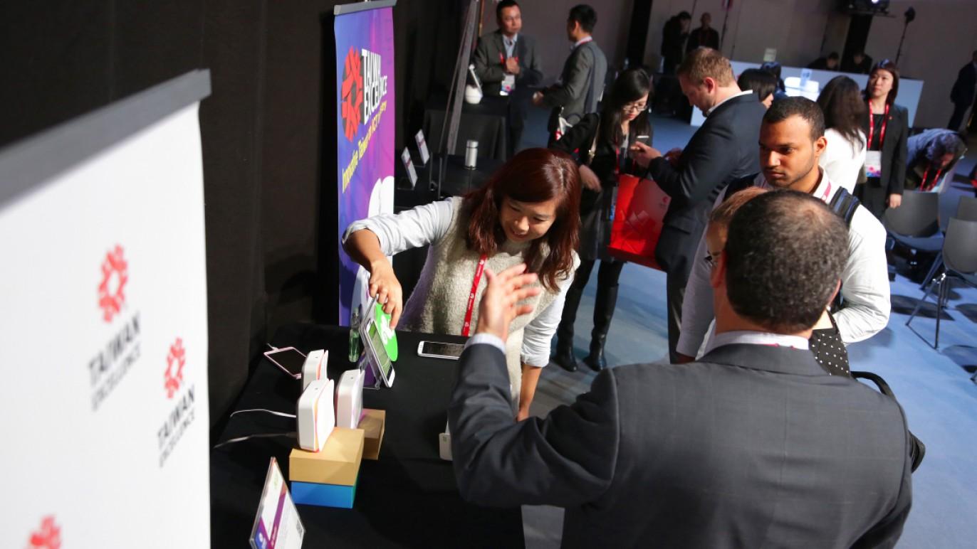 2017西班牙MWC展臺灣產品發表記者會講者接受媒體採訪