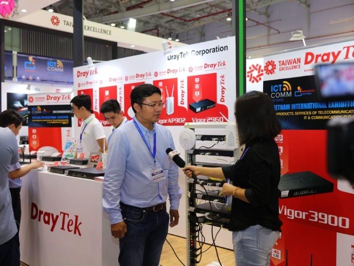 居易科技代表Pham Van Cuong接受平陽電視台專訪