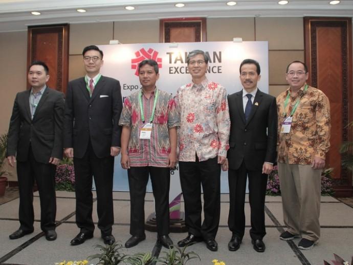外貿協會軋場 同時帶領台灣IoT業者搶進雙印