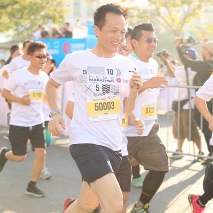 外貿協會行銷專案處吳俊澤處長參與馬拉松5公里賽事