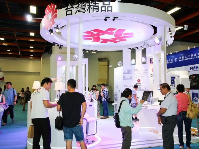 臺灣跨域整合資通訊與生技醫療 再創醫療產業經濟動能