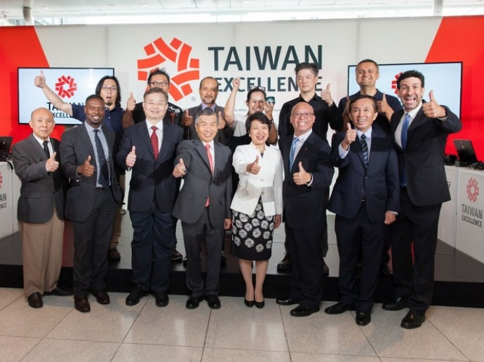 TAIWAN EXCELLENCE PRODUCT SHOWCASE 2017 OFFICIALLY KICKS OFF IN TIME WARNER CENTER